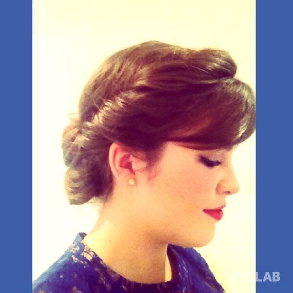 エルサ 戴冠式 髪型