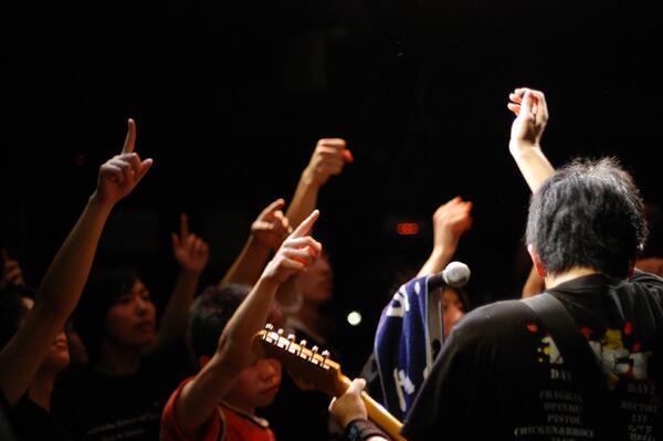 高専音楽部卒業live 2days終了しました!皆さまお疲れさまでした~!後輩バンドさんはこれからもよろしくお願いいたします。卒業生の皆様は、またいつでも遊びに来てください! http://t.co/aOuLIzkiaE