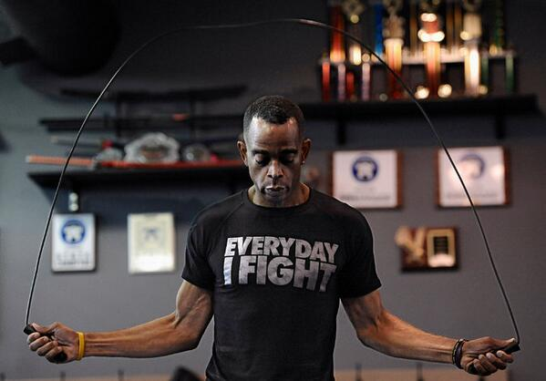 Stuart Scott, after 58 infusions of chemotherapy. By @RichSandomir http://t.co/yPg4xSUzse http://t.co/rrHqqwPExp