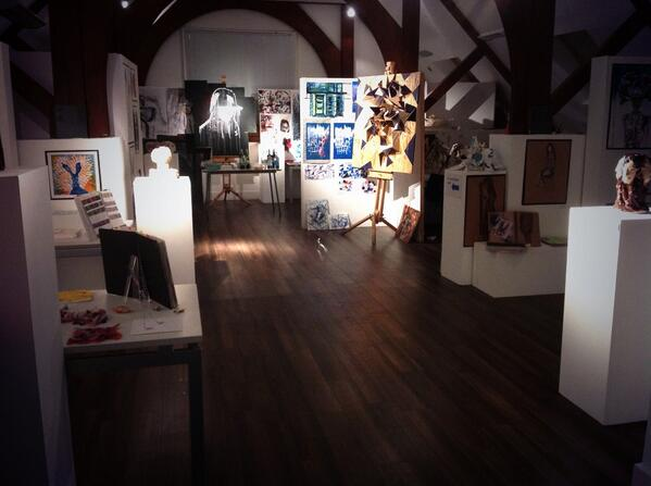 A great night ends, private view for IB Visual arts over! some great work and conversations.... http://t.co/qILZYZCoZ6