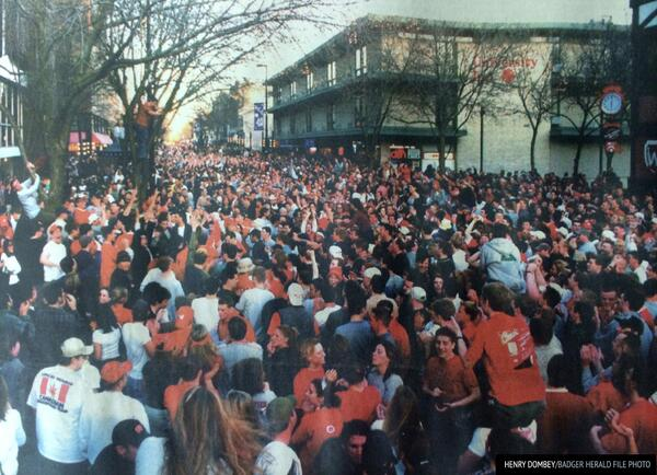 This was State St, 14 years ago, the last time the #Badgers made the final four. #onwisconsin http://t.co/8gceHqj8QN http://t.co/hDiAkNFOPv