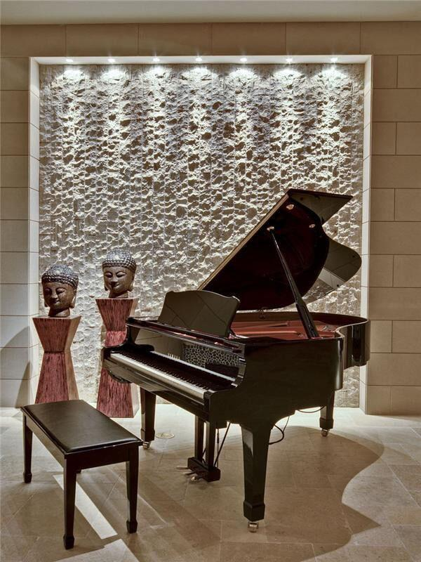 21 Fabulous Modern Homes Showcasing Elegant Pianos http://t.co/RqaAvaozBD @AdaTeicu @decoist http://t.co/CAvlYEre2s