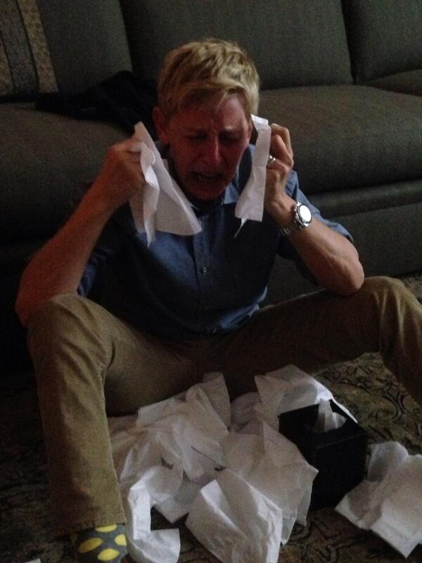 Ellen's reaction! #scandal #ripscandal @TheEllenShow http://t.co/Ysq7WsdxAw