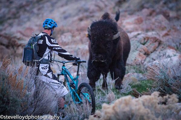 """This is the moment in time where you go """" OH Sh*t!"""" @chrisvandine @stevelloydphoto @YetiCycles #buffalo http://t.co/OyqRQeSPfr"""