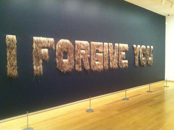Work by Bindi Cole in #mycountry - comprising 20,000 emu feathers http://t.co/VAYyfCyUeh