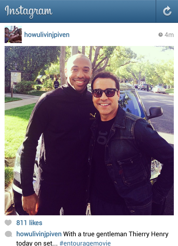 BkNYVxfIQAAttx  Arsenal legend & NYRB star Thierry Henry pops up on the set of the new Entourage movie [Pictures]