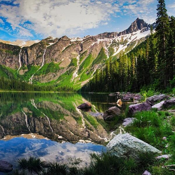 This beautiful photo of #AvalancheLake in #Glacier National Park has us feeling refle... http://t.co/vUVpC2uFTG http://t.co/BZNaZtmO9C