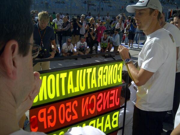 Congratulations @JensonButton 250 races and not out. Stella job buddy http://t.co/A3BxTj4E4g