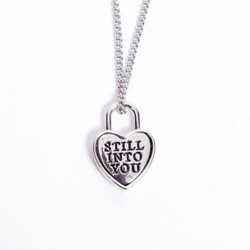 Everyone seems to be loving the 'Still Into You' necklace from @paramore - http://t.co/tIlnJlWgBh http://t.co/21kiWG0RQP