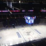 RT @MarkPotash: It's a beautiful day for playoff hockey at Scottrade Center in St. Louis. #Blackhawks vs. Blues, 2 p.m. on Ch. 5. http://t.co/mbG0tnHH6q