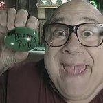 RT @alwayssunnytalk: Egg. #HappyEaster http://t.co/RmFhV9KrMm