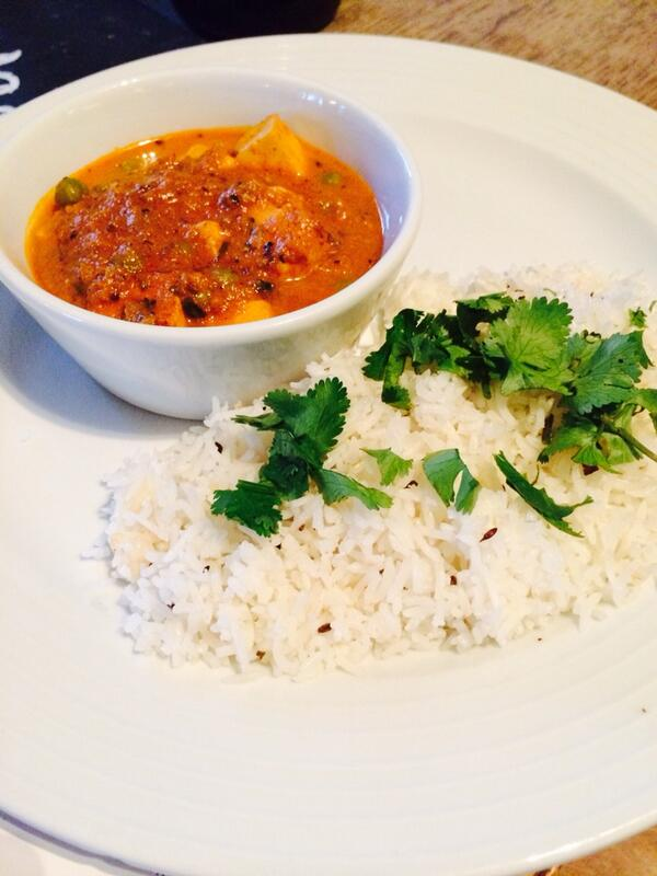 Mattar paneer with rice @dhabalane @thecastleE17 http://t.co/3DNew7xYYs