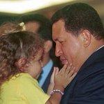 """""""Cuando ya no esté, búsquenme en los ojos de los niños; búsquenme en los ojos de los pobres"""" http://t.co/b0GFCdzLMu"""" #MarzoEnHonorAChávez"""