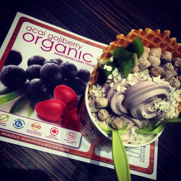 Have you tried our new Organic Acai Gojiberry Frozen Yogurt yet? #eatclean  #organic #CanadianMilk #GMOFree http://t.co/Vs5HRYQdOr