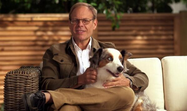 .@altonbrown Teaches Us How to Make 'Stinkin' Dog Treats' on latest episode of Cook Smart: http://t.co/gOX0NStoDf http://t.co/XrmLPRNuKn
