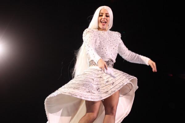 http://t.co/Pwi6v0Mfc8 - x72 Photos of @LadyGaga's artRAVE / ARTPOP Ball in Atlanta! http://t.co/hePAsWaqW0