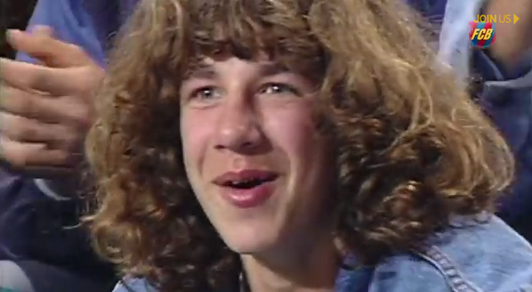 BnsObhaIIAAK L0 Barcelona pay homage to Carles Puyol, featuring awkward 1st TV appearance!