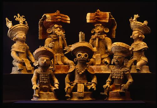Effigies of the kings of Copán, a Maya city. Found guarding the tomb of either a royal scribe or king Smoke Imix. http://t.co/Lk3NHuGSin
