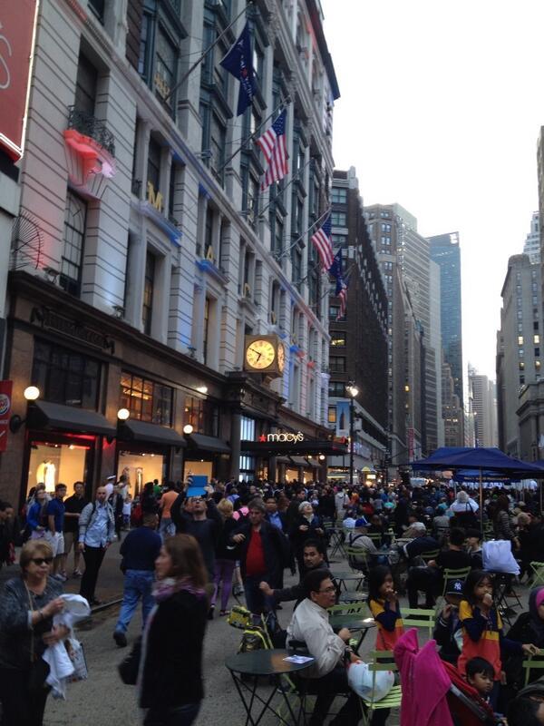 New York City - midtown. ----   LuizSantosMusic. Com http://t.co/BnM4NaFTJT