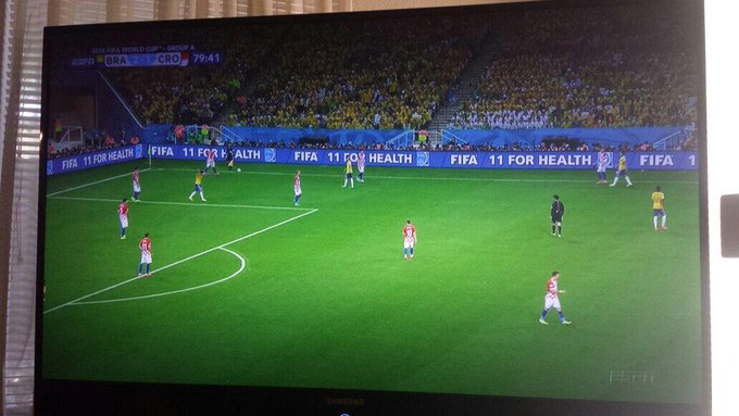 Who else is watchin the FIFA madness? :) #LOVE #WorldCup http://t.co/RzHvQZewvz