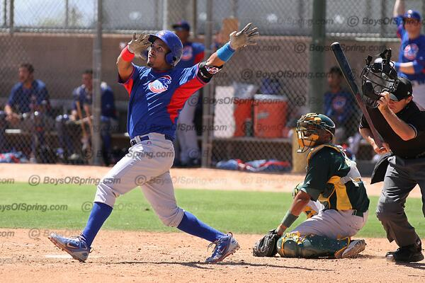 Manny Ramirez, new player-coach of the @IowaCubs, hit a 450-foot home run today in Tempe. Photo by @baseballinfocus. http://t.co/LlyADvziYI