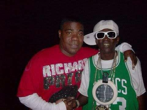 To everybody that's retweeting the picture of me and Tracy Morgan let's all pray for my man,!!! http://t.co/pjnAAMharG