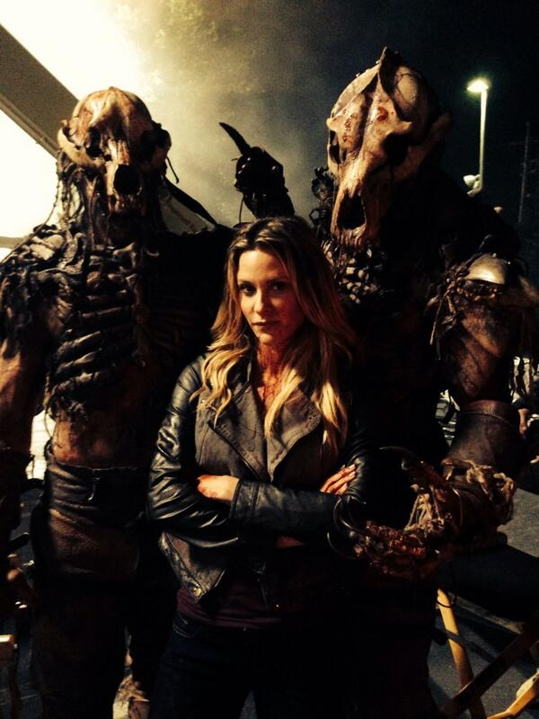 Say hello to my little friends @MTVteenwolf #jillwagner #kateargent #kateargentfansunite #teamkateargent http://t.co/XWhpHz7LGr