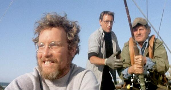 """""""It's a carcaradon carcharias. It's a Great White"""" Happy #Jaws Day :) http://t.co/GfAsUeTZjF"""