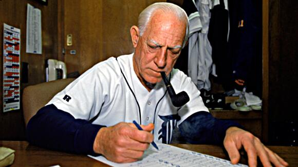 Retweet in memory of Sparky and 1984! #BlessYouBoys #DetroitTigers http://t.co/uvEJPexdo1