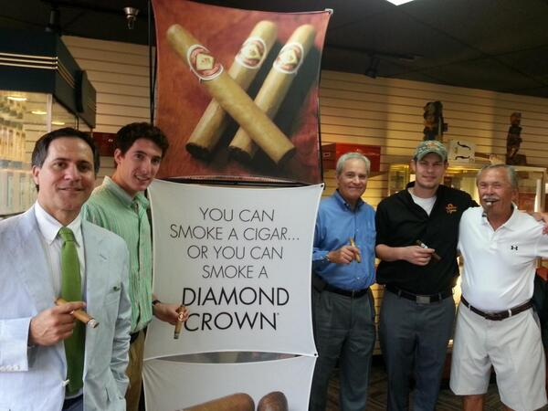 Looks great! RT @emersonscigars: Welcome to the Diamond Crown Event. @JCNewmanCigars Here we go! http://t.co/KukkBDQ0Ao