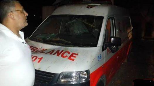#Israel targets ambulances (via @AsemAlnabeh from #Gaza) http://t.co/OmwquJq0wL