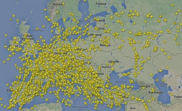 This is what you call a wide berth. RT @Newsweek: Astounding map of the airspace over Ukraine after #MH17 was downed: http://t.co/wAPsC5kQzV
