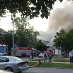 BREAKING: #Buffalo Fire is responding to a fire on Elmwood Avenue near Lafayette. (Photo: @rochford55). http://t.co/QUZp2VEVeQ