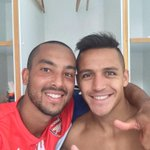 Watch out #PremierLeague  Me and @Alexis_Sanchez will be a deadly force!! #afc #COYG #SpeedMatters http://t.co/HzNVnekohw