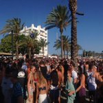 RT @IbizaClubNews: Big turn out! @ENTERexperience w/ @richiehawtin #Ibiza #Techno #Enter http://t.co/oeaA2pM0Ls