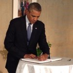 RT @petermaercbs: President Obama signs Flight 17 condolence book at Embassy of The Netherlands in Washington. http://t.co/lsHEjU6Q0v