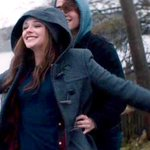 RT @rapplerdotcom: Stay or go? Live or die? If I Stay stars invite PH fans to watch movie http://t.co/Q5aEf99nS5 http://t.co/oDgUTAx7k2