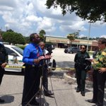 RT @AJacksonTV: Sheriff holding press conference. Suspect found dead in garage area with handgun. #fox35 http://t.co/YbXXJFEeUJ