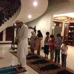 RT @realsanambaloch: #ShahidAfridi during Salah with the #Children! Be the best example for your Children! :) #Pakistan @SAfridiOfficial http://t.co/sel9a87kQ8