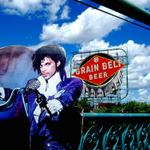 Purple Rain-era cardboard Prince sees the Minneapolis sights http://t.co/OHFAifeTkn http://t.co/PcZ8cuYCgh