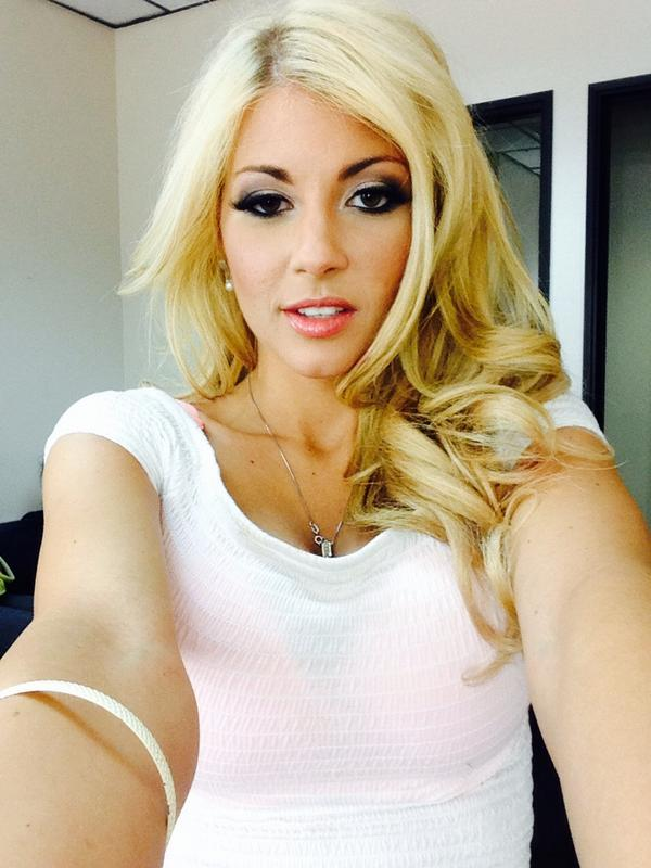Busty hardcore blonde Kayla Kayden is giving a deep blowjob on the cam  1322297
