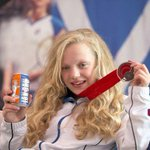 RT @Daily_Record: Erraid Davies toasts #Glasgow2014 medal success with Scotlands other national drink http://t.co/D9KLkv6PZi http://t.co/Ur3RxiOuok