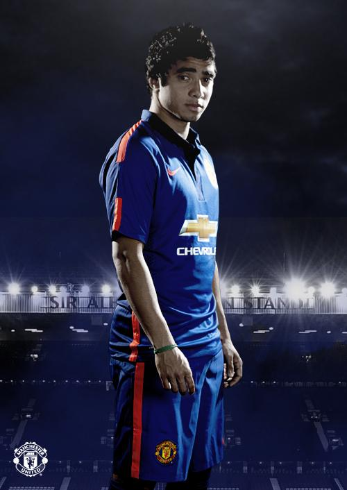 Btu K8OIAAAgSs  Man United unveil new blue third kit set to be first worn in friendly v Inter tonight [Pictures]