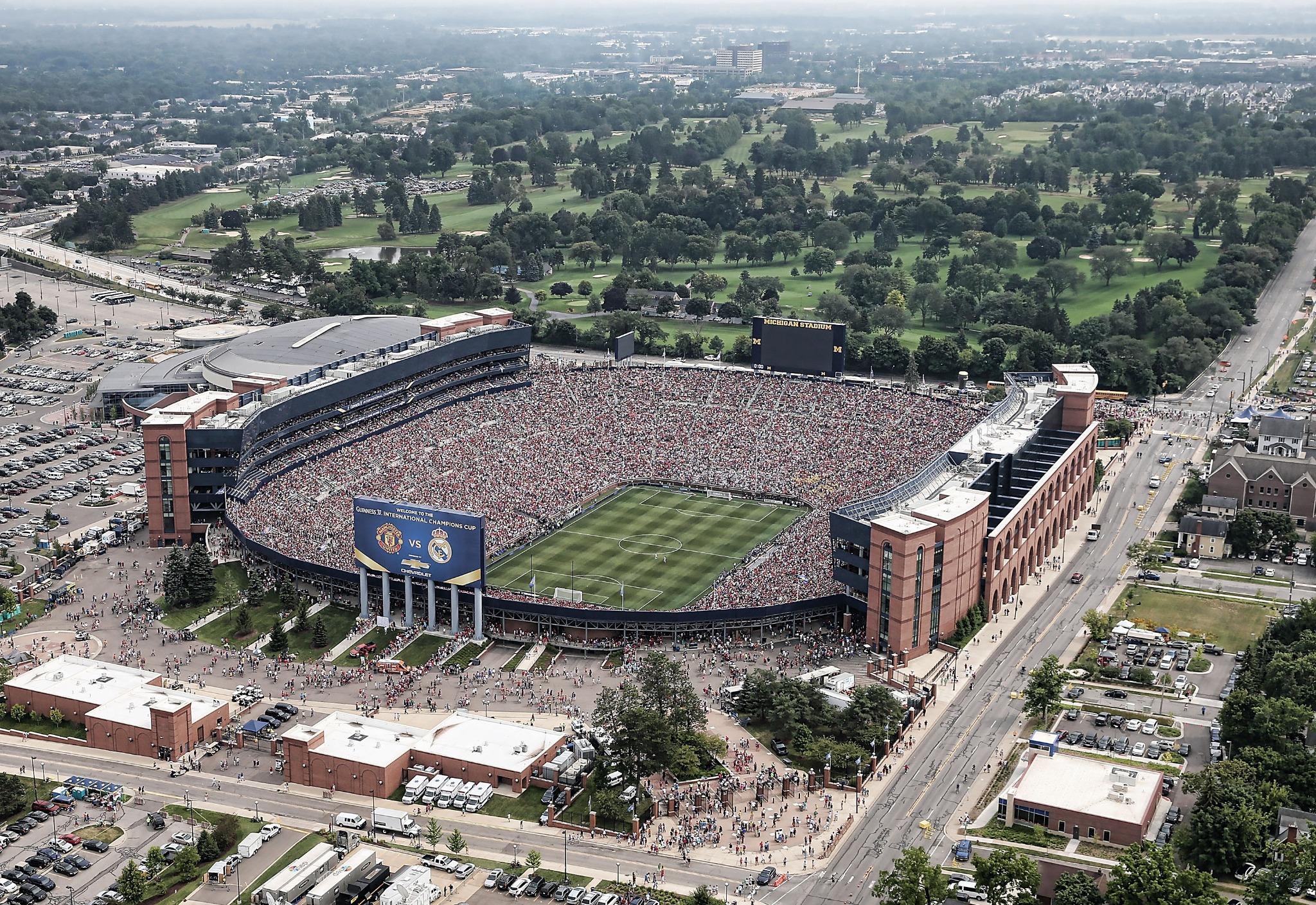 109,318 watch Manchester United-Real Madrid at The Big House, breaking attendance record for soccer game held in U.S. http://t.co/D57gzwrfEn