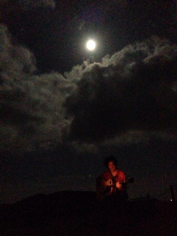 달  바람  구름   친구    노래 http://t.co/Rah4l82f6z