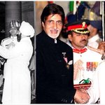RT @MosesSapir: @SrBachchan Amitabh Bachchan got the Padma Shree in 1984 & the Padma Bhushan in 2001 http://t.co/SIc9O2ixwK & Now Padma Vib…