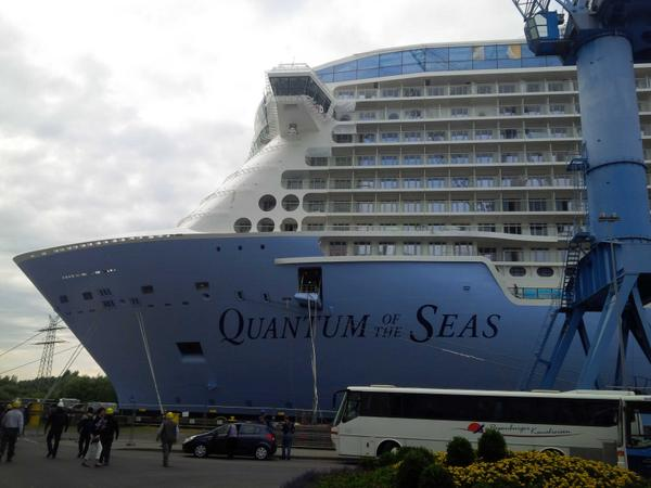 #QuantumoftheSeas looking good at the yard! @RoyalCaribPR http://t.co/kkBKR7oXhG