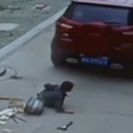 RT @cnni: Is this the luckiest kid in China? Must-see video: http://t.co/eetFIUV22H http://t.co/JZ9c4EajPy