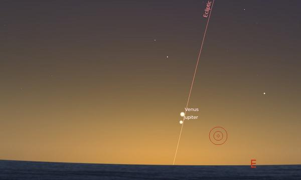 RT @Astroguyz: Getting closer... Venus sits just 1.8 degrees away from the planet Jupiter tomorrow, the view at dawn: http://t.co/5ULVIiWTOC