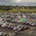 RT @ZinkaB: Parking i pristupne ceste @IKEAhrvatska pune, preusmjeravaju se auti na druge pristupne, u prva 4 sata 5681 ljudi http://t.co/Pn5GZborHh